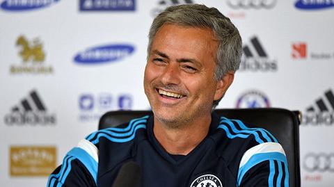 Chelsea mất số tiền lớn nếu Mourinho tới MU