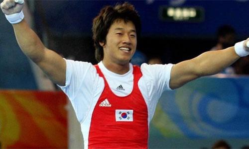 Sa Jae-Hyouk vô địch Olympic 2008 ở hạng cân 77kg. Ảnh: Reuters.