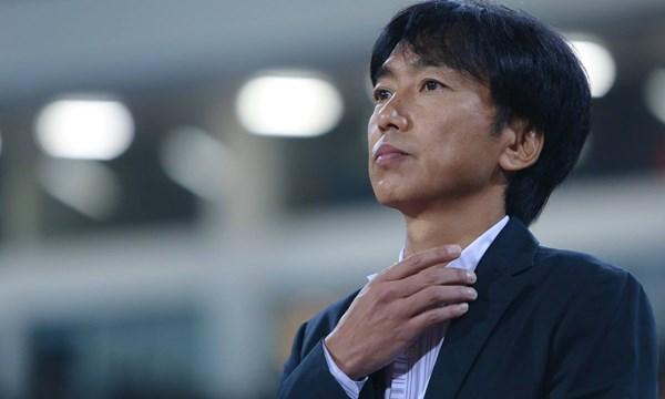 Cho đến khi bị sa thải, Miura vẫn đứng giữa lằn ranh của ủng hộ và phản đối trong cộng đồng người yêu bóng đá Việt Nam.