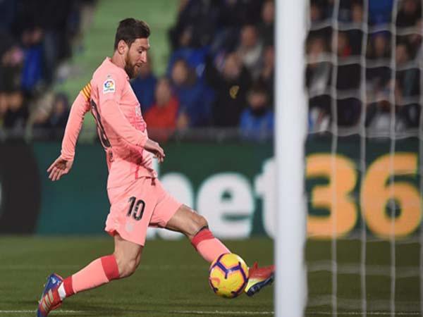 Messi dẫn đầu cuộc đua giày vàng Châu Âu