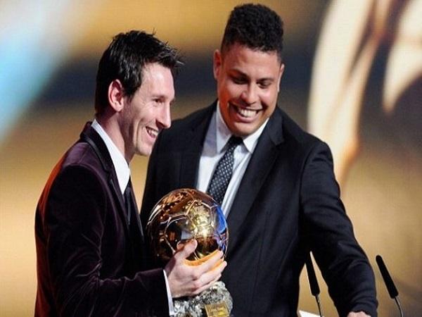 Tại sao Ronaldo nói Messi là kẻ hèn nhát?