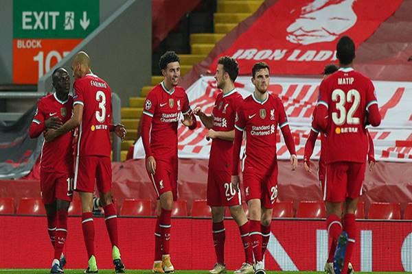tin-bong-da-trua-2-12-xac-dinh-8-doi-vao-vong-1-8-champions-league