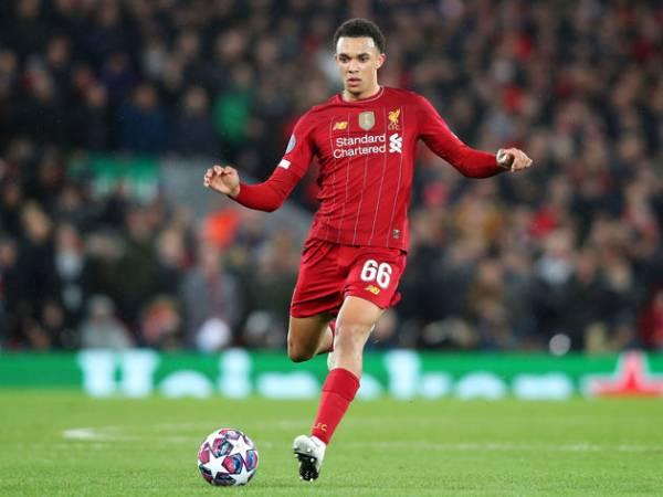 Tin bóng đá QT 31/7: Alexander-Arnold ký hợp đồng mới với Liverpool